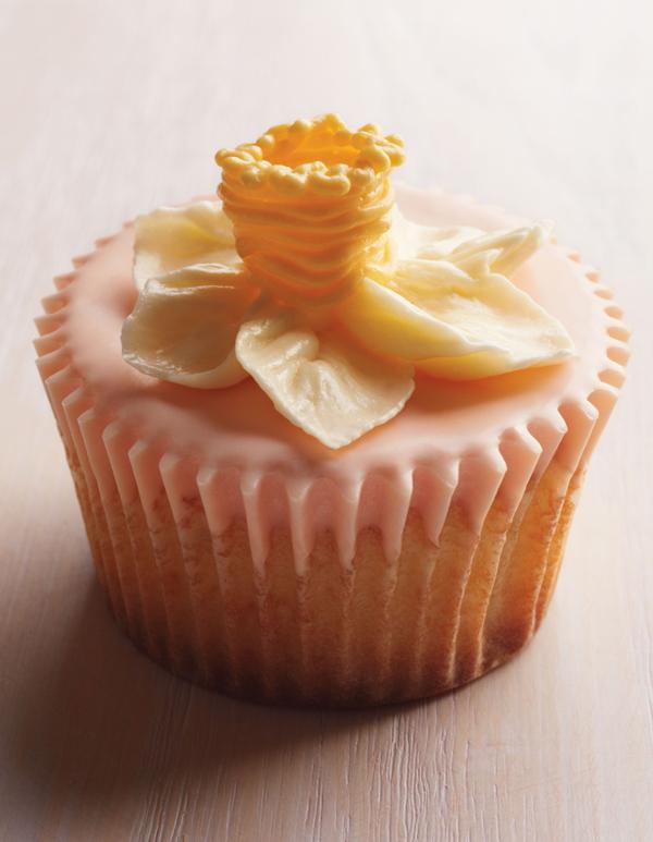 Martha Stewart Daffodil Cupcake